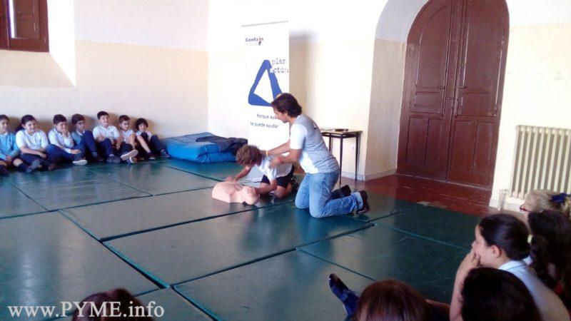 Cerca de 300 alumnos de las Siervas de San José aprenden cómo actuar en caso de accidente gracias al Plan Actúa de CONFAES